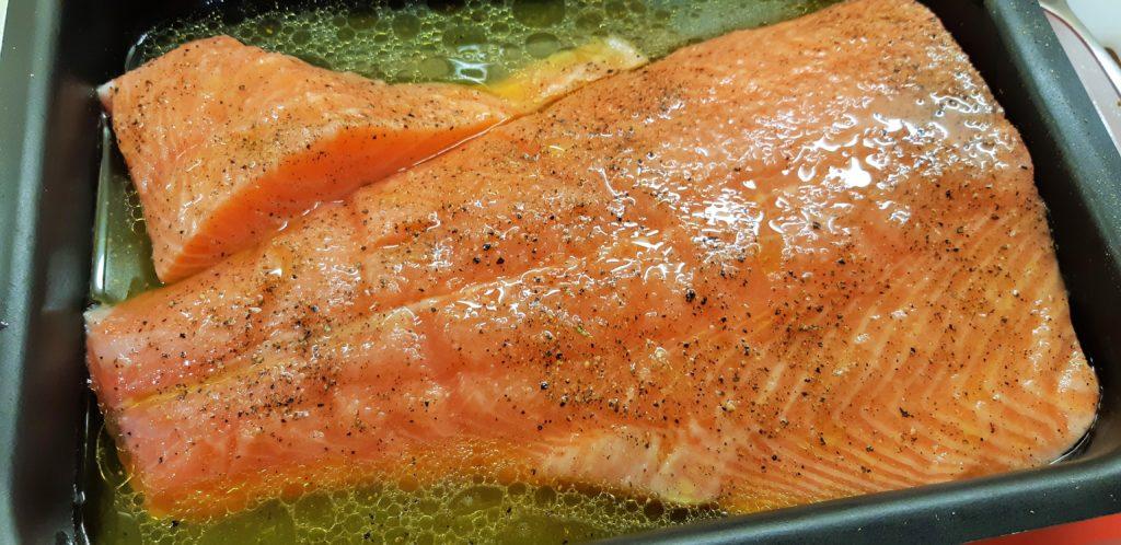 Filet de saumon au citron et huile d'olive